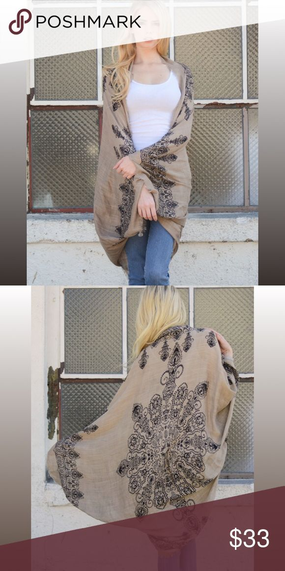Beautiful Kimono cardigan scarf The pretty of the kimono make this kimono on for the books! Pretty and very elegant. Boutique item. PRICE FIRM EXCEPT BUNDLED. Bundle & save. Fast shipping. Feel free to ask any question. Accessories Scarves & Wraps