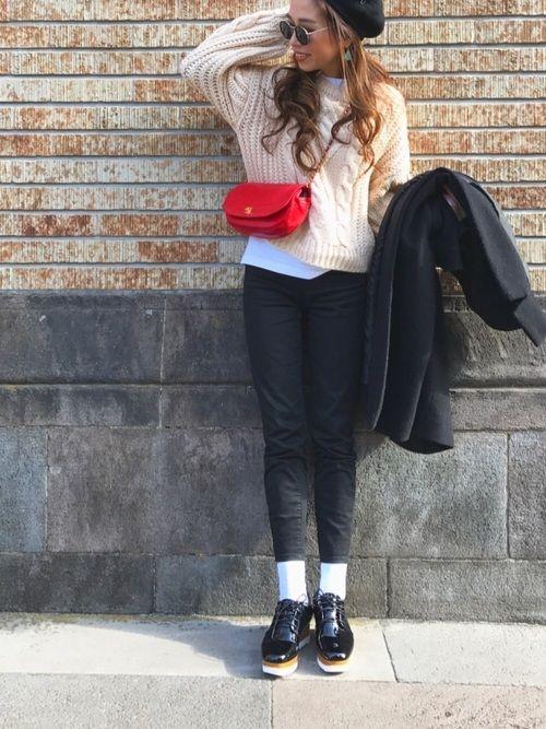 knit  used pants  uniqlo bag  CHANEL 🎈インスタ❤︎ Inst