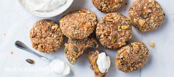 Deze koekjes van havermout zijn geschikt voor elk moment van de dag denk bijvoorbeeld aan ontbijt of als gezonde snack.