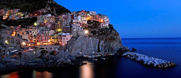 To πιο χρωματιστό χωριό της Ευρώπης βρίσκεται στη Βόρεια Ιταλία