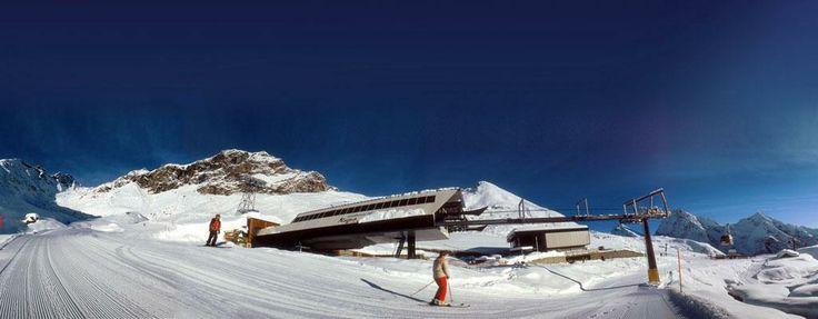Montagne innevate in Piemonte. Qualche info qui http://bookingpiemonte.it