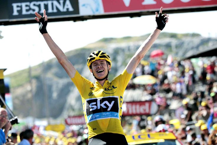 Tour de France 2015: Les meilleures images. The Briton Chris Froome, wearing the yellow jersey, gives vent to his joy by crossing the finish line of the 10th stage on July 14 at La Pierre-Saint-Martin.