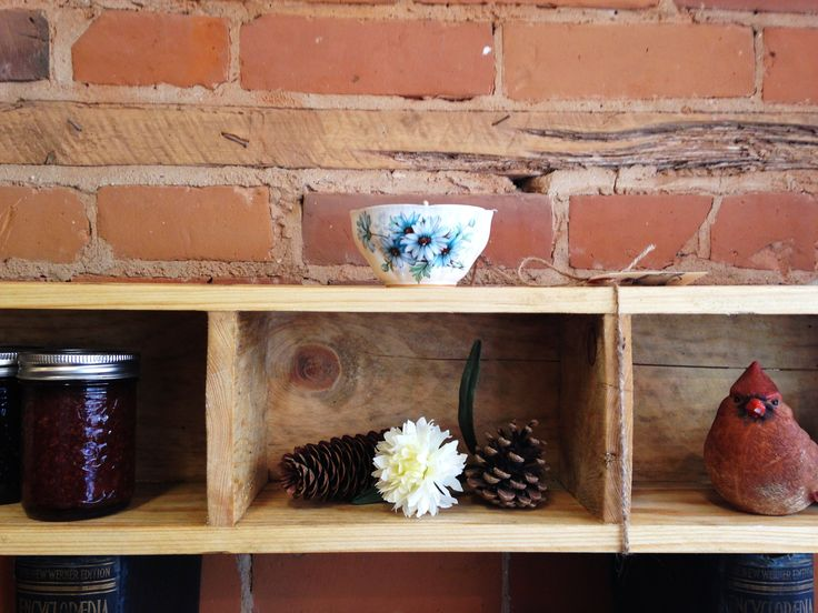 The Take a Shelfie! Wall mounted, free standing or stacked. $49 each. #shelfie #reclaimedwood #interiordesign #simplicity #thejunctionto