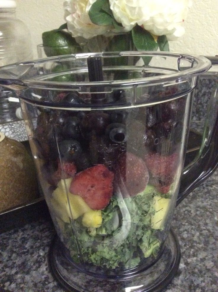 Happy, beautiful Saturday!! Smoothie time...kale, strawberries, pineapples, cherries, and blueberries! #antioxidants #fruitsmoothie #healthyeating