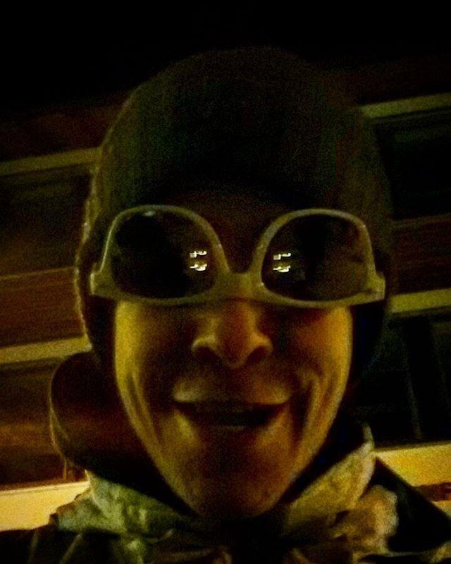 Mr. you need some psychological advice? 😂 Stupid Me at Vierschanzentournee-Opening Celebration last night 😉😃 #night #light #reflection #bright #dark #darkness #black #selfie #sunglasses #sunglass #glass #glassed #me #stupid #crazy #funny #fun #oberstdorf #vierschanzentournee #alien #throwback #opening #celebration #festival #skijumping #snowboarding #skiing #picoftheday #pictureoftheday #photooftheday