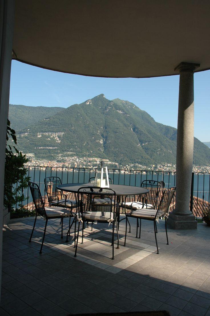 Faggeto Lario lake como view