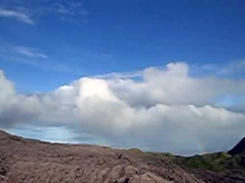 Il vulcano Ibu, Indonesia come molti altri vulcani ancora attivi del nostro pianeta. La sua ultima attività risale all'aprile 2008.