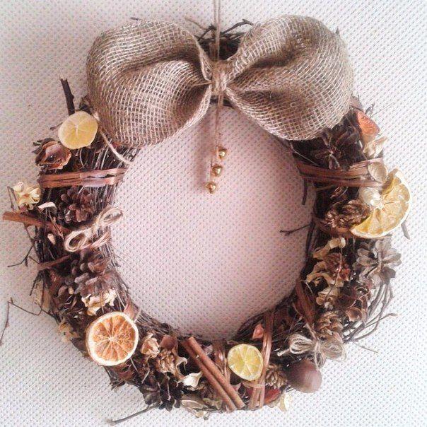 wreath by FF  новогодний венок из ветвей с сухофруктами и корицей