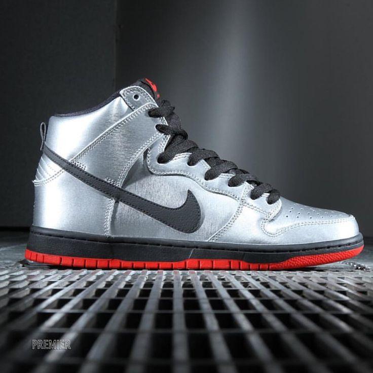 Nike SB Dunk High: Metallic Silver