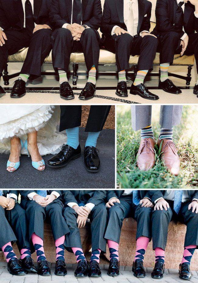 Escoger el traje de novio perfecto - calcetines del novio y sus padrinos informales