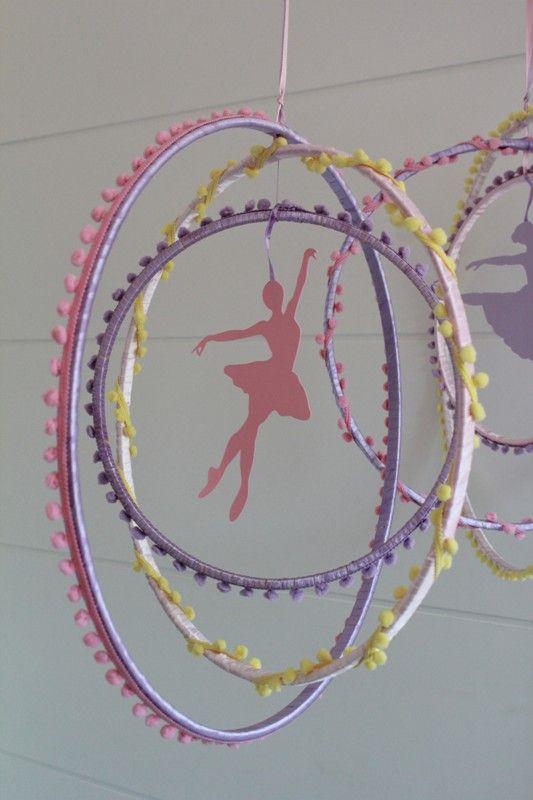 Móbile bailarina, feitos pela Lucia Laureano... lindos!