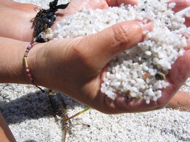 Sardegna da scoprire, la spiaggia del Riso di Is Aruttas www.sardegnapleinair.it