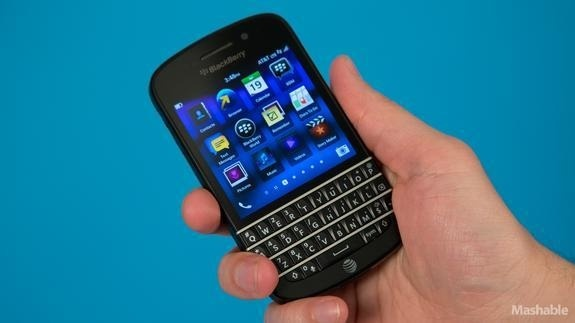 BlackBerry Q10 Is for Keyboard Lovers Only