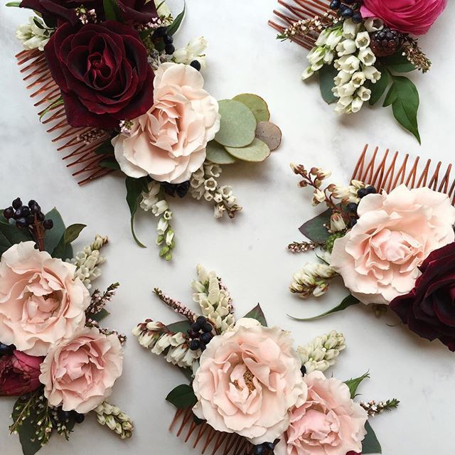 Hair combs for the bride and her maids by @heather_page