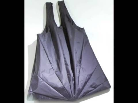You can turn a broken umbrella into a tote bag. That's one of the things that members of the Fixers Collective in Brooklyn, NY (a group of people with who get together to find new uses for broken things) have figured out. Love the idea of the group and the umbrella bag. #upcycling