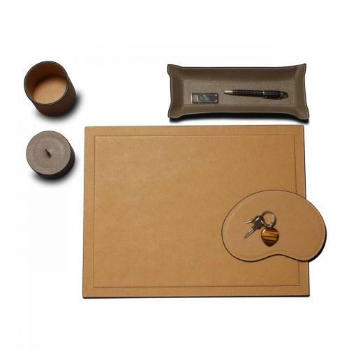 Schreibtischauflage, sand Jetzt bestellen unter: http://www.woonio.de/produkt/schreibtischauflage-sand/