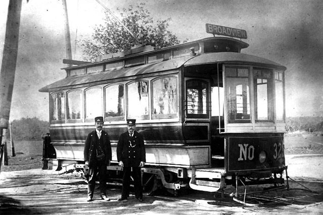 Single truck car 325, at Danforth and Broadview, 1896. Photograph by Alfred Pearson. City of Toronto Archives, Fonds 16, Series 71, Item 3369.