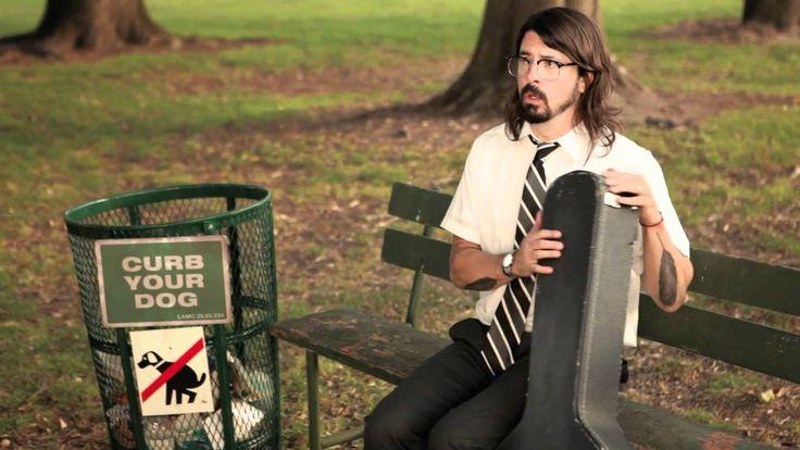 Foo Fighters. Walk.