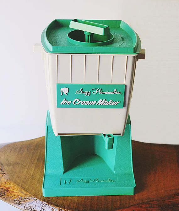 1968 Suzy Homemaker Ice Cream Maker Sweet Shoppe Vintage Toy