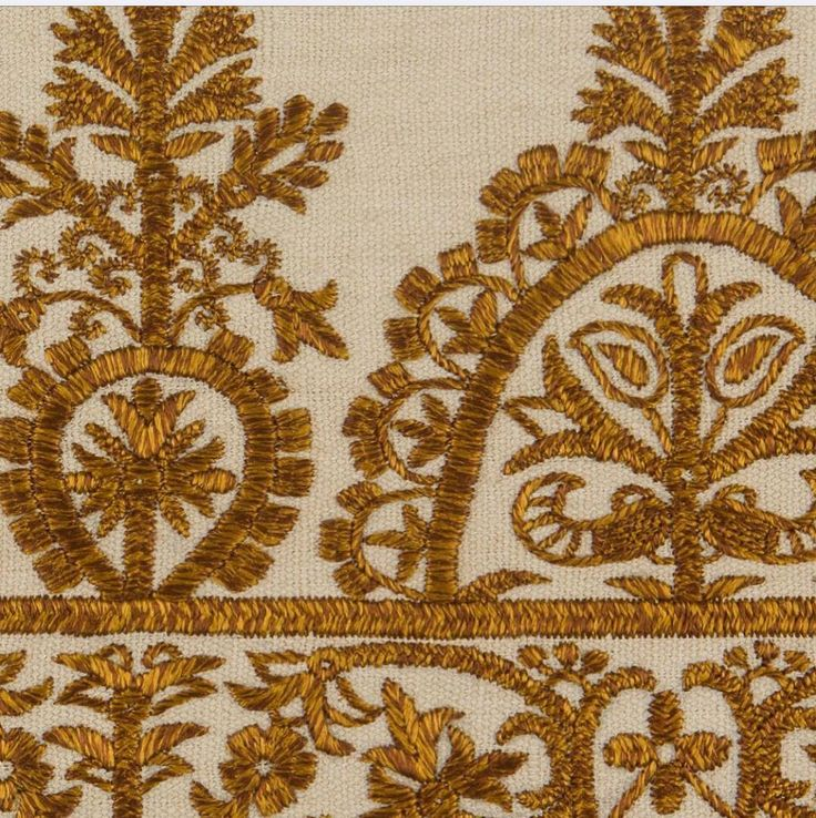 Cyclades embroidered border detail #handembroidery #cyclades