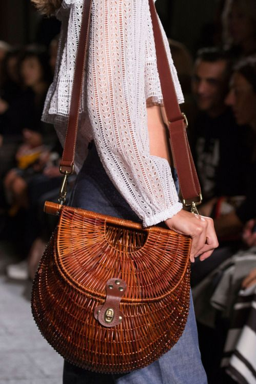 forlikeminded: Philosophy Di Lorenzo Serafini | Milan Fashion Week | Spring 2016 handbags wallets - http://amzn.to/2jDeisA