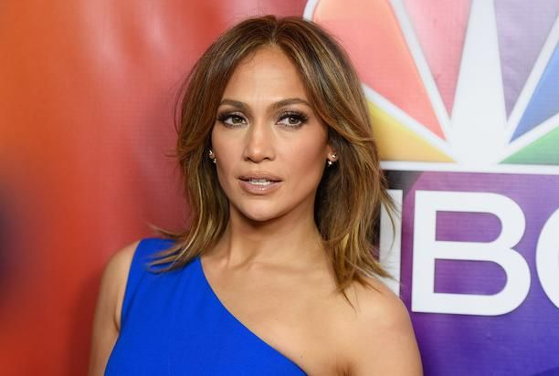 Jennifer Lopez drops a smokin' hot pic of her illustrious booty on Instagram. Over time, 47-year-old Jennifer Lopez has become more vocal about her world famous derrière. See exhibit A: This Iggy Azalea-assisted single was no gamechanger in the world of audio. but its music video has almost h...