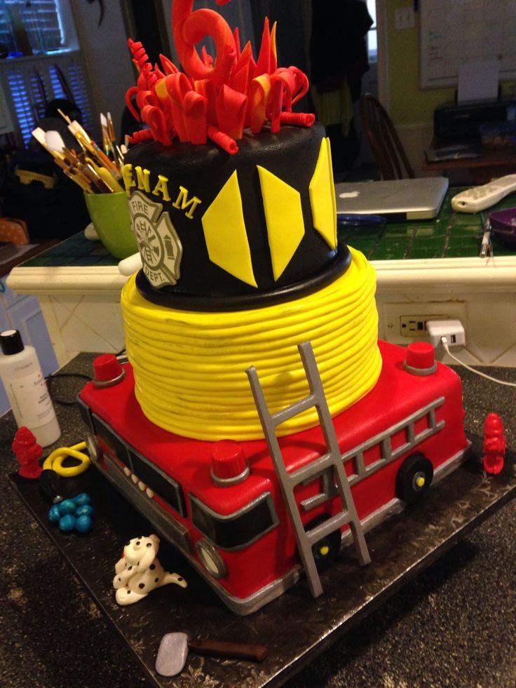 Best 25 Firefighter Cakes Ideas On Pinterest