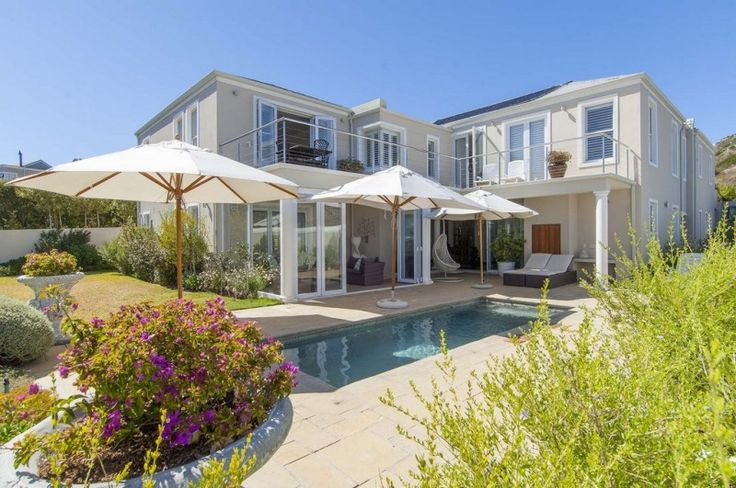Size, Stature, Style and Space  http://www.jawitz.co.za/property/118377