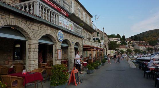 Konoba Pizzeria Volat, Stomorska