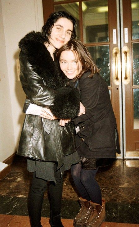 Two of the coolest women ever: Bjork and PJ Harvey!