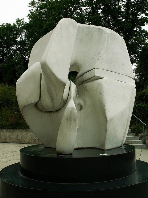 Henry Moore - Salzburg, Austria - Museum der Moderne