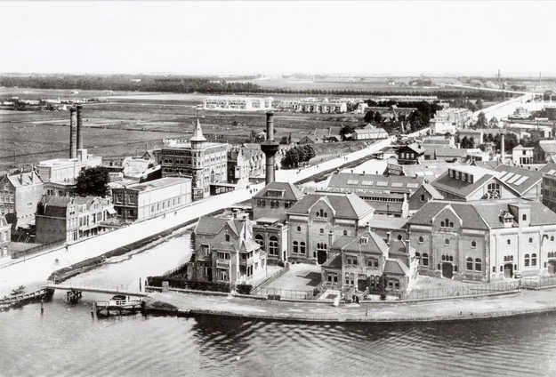Geheugen van Oost - De Omval blookerfabriek