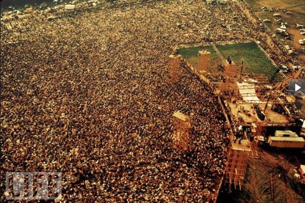 Woodstock - i wish i was alive when this happened