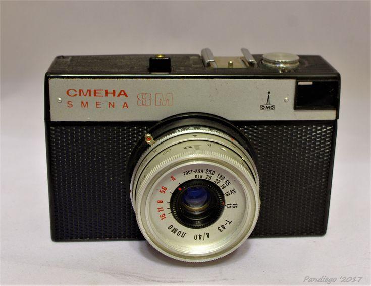 Smena 8M (GOMZ) - 35mm film (plastic body), viewfinder camera (c1970-1990)