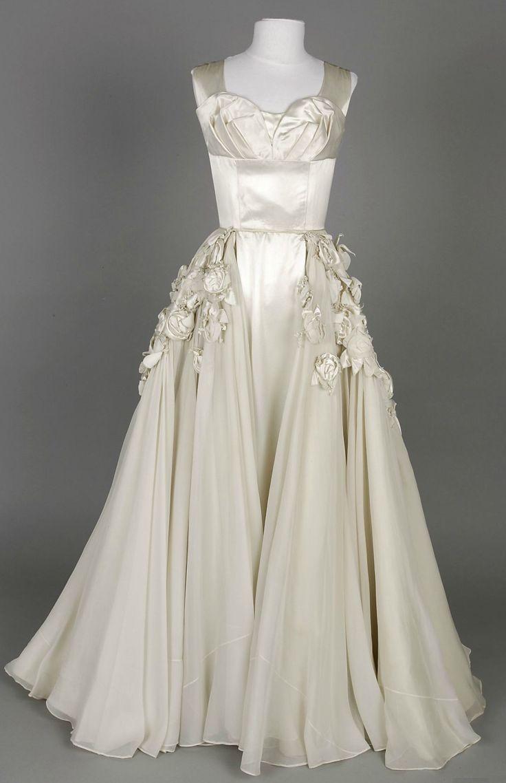 Vintage wedding dresses sydney custom wedding dresses dress vintage wedding dresses sydney vintage wedding gowns weddings bridal ombrellifo Gallery
