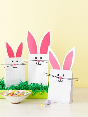 Make these quick-craft bags as post-egg-hunt treats for children, or as favors for any seasonal supper. #Easter