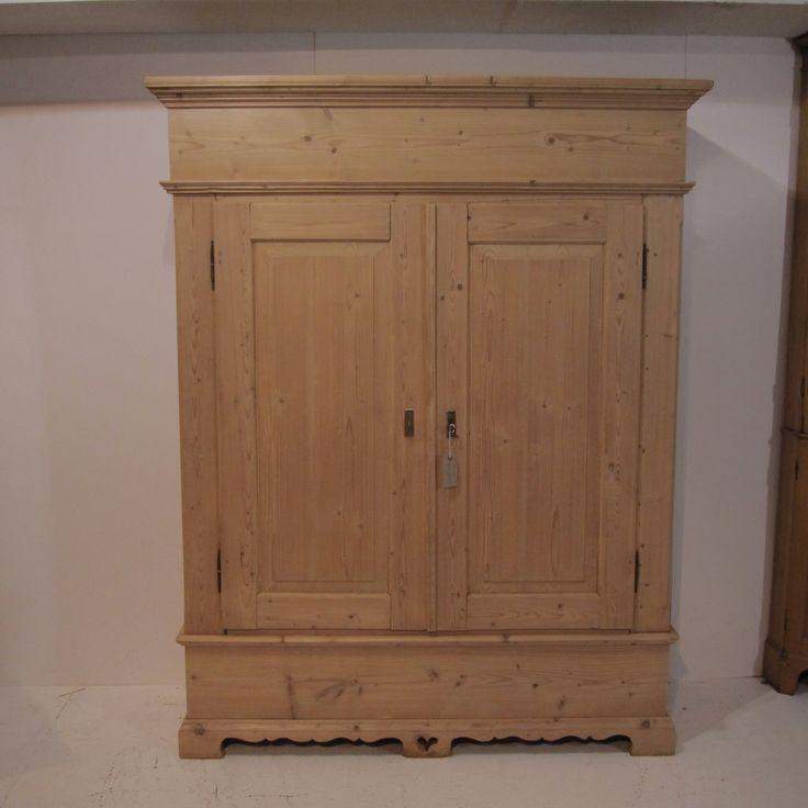 Large Antique Pine Double Wardrobe C 1910 R4205e