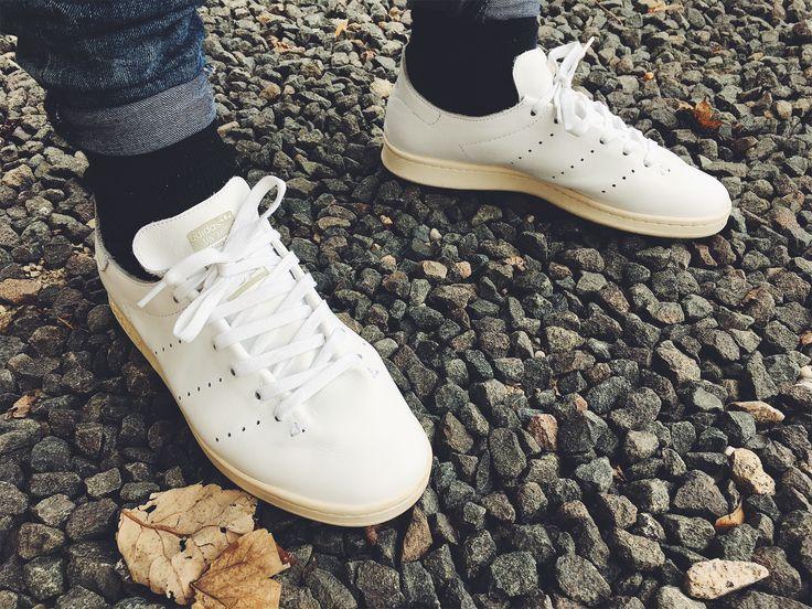 ADIDAS STAN SMITH LEA SOCK (WHITE) on feet | Sapatilhas