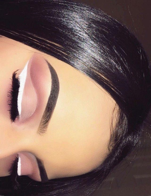 CUTE makeup idea for eyes. Love the eyebrow shape #makeup