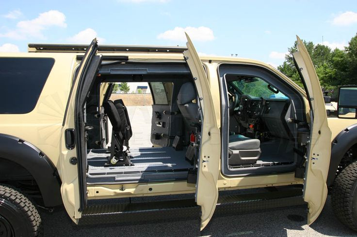 Wamar Technologies B7 XUV Ford Excursion F-550 Extended Cab Armored 10 Passenger SUV
