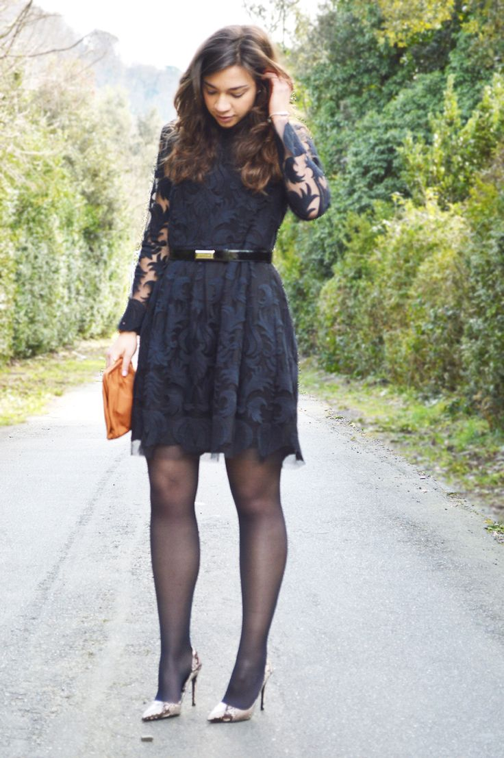 Super outfit ideas: blue romantic dress | The fashion peony's blog