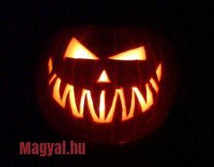 Október 31. az angolszász országokban Halloween napja. 2014. október 31-én 5. alkalommal rendezik meg a Halloween Fesztivált Budapesten, a Vörösmarty téren.