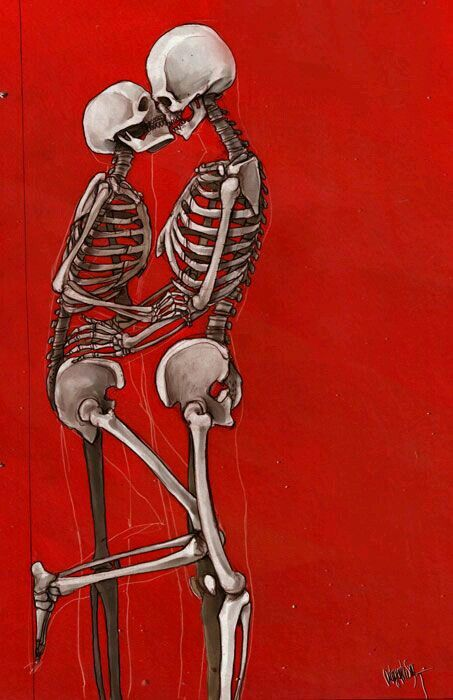 "Kissing skeletons ""Love never dies"""