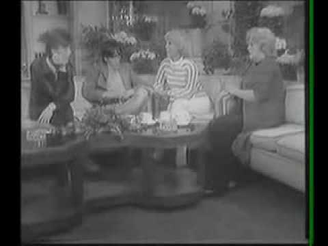 "Iggy Pop ""Funtime"" 1977 Dinah Shore Show - YouTube"