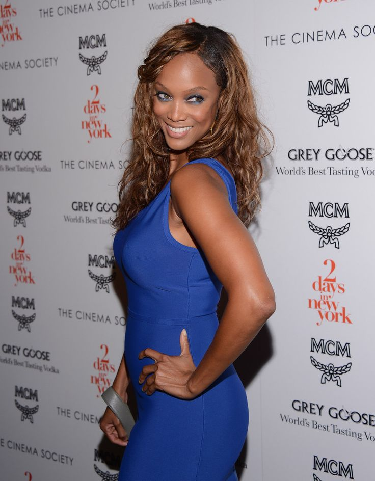 Charming seductress Tyra Banks ...  High-class Lady...   In addition, she hosted The Tyra Banks Show, a daytime talk show aimed at younger women, which premiered on September 12, 2005, and ran until May 28, 2010
