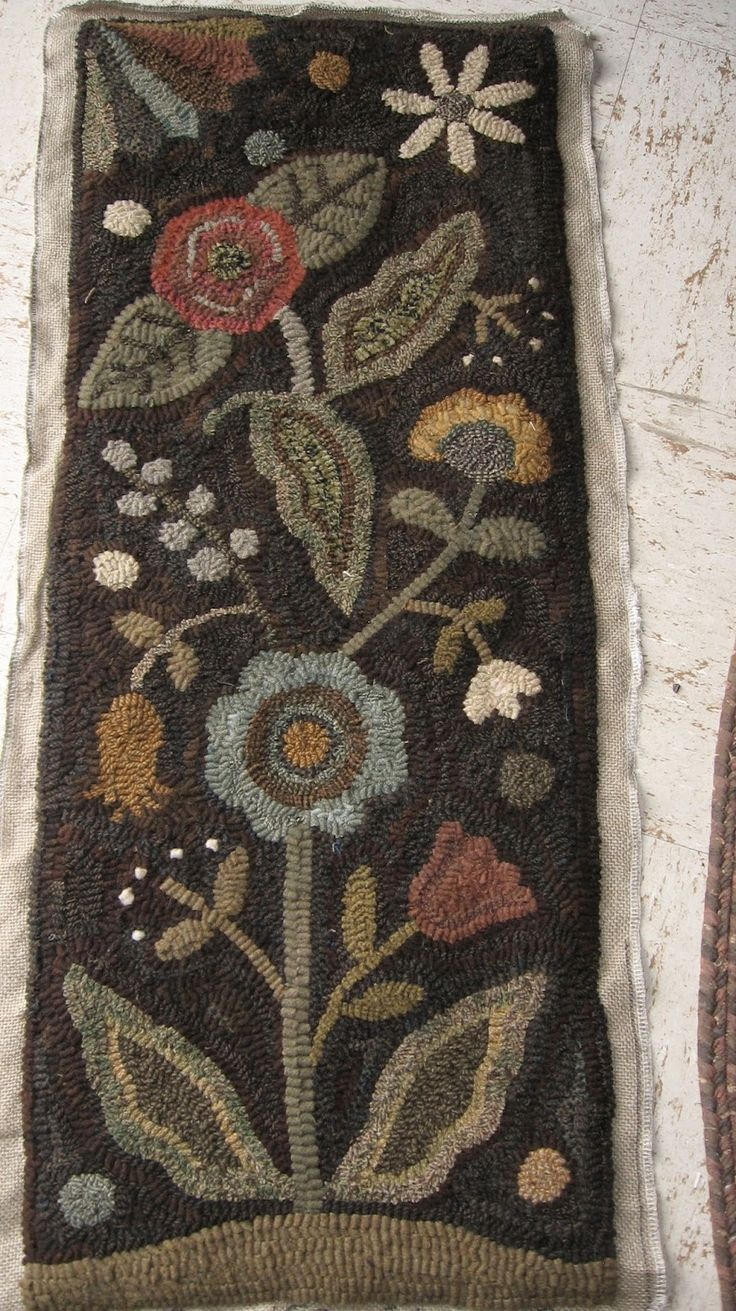 floral...beautiful rug!