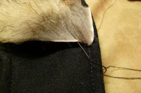 как правильно пришить меховую опушку на капюшон