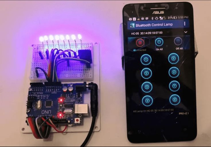Who doesn't want to get rid of those bulky buttons and tangled wires? Arduino Remote Control Apps on Android can connect wirelessly via modules