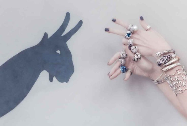 """Shadow Play"": Hand Shadow Puppets in Diamonds in Vogue Gioiello"
