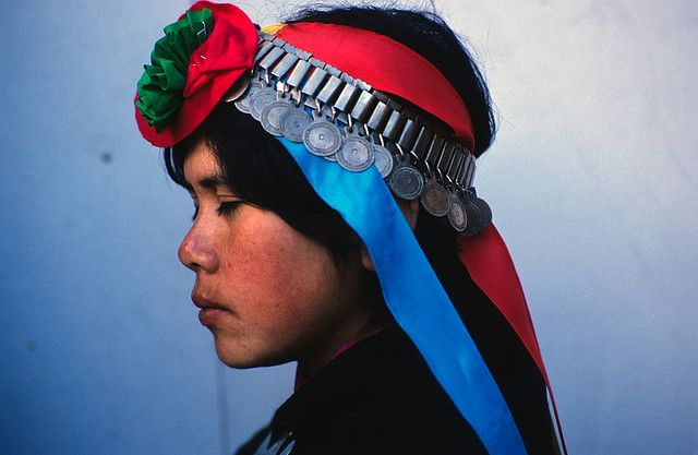 Chile | Young Mapuche woman.  Temuco | ©Marcelo Montecino